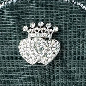 Juicy Couture Magnetic Brooch